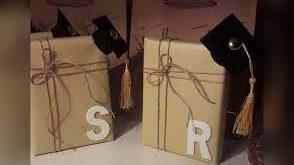 صور طريقة تغليف الهدايا , احتراف لف الهدايا فى خمس دقائق