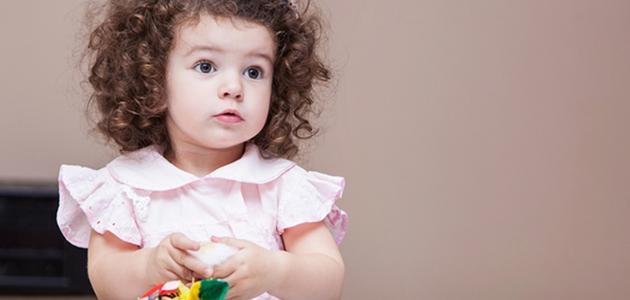 صورة تنعيم شعر الاطفال الملفلف , بعد عذاب لاقيت حل سهل لشعر الاطفال
