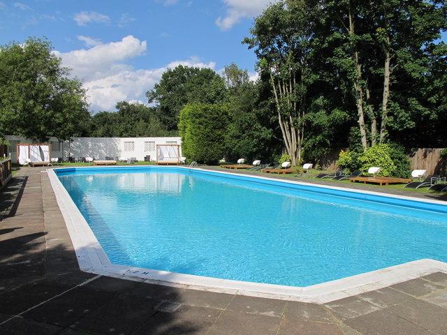 صورة حمامات سباحة في مصر , احسن وارقى حمامات سباحة فى مصر 579 4