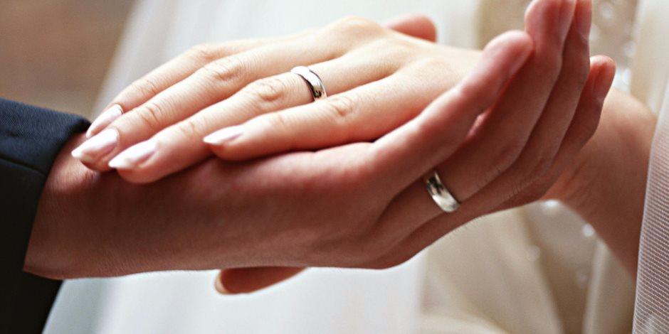 صورة تفسير حلم لبس خاتم فضة , تعرف علي تفسير الاحلام