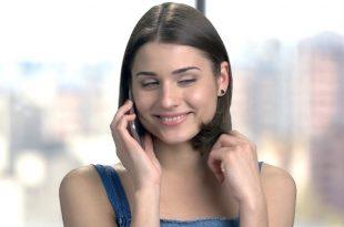 صورة كيف اثير حبيبي عبر الهاتف , طرق للاثاره عبر الهاتف