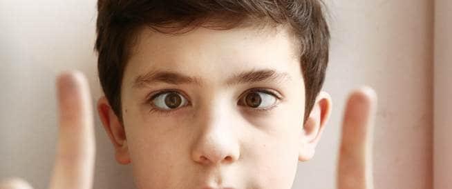 صورة علاج الحول عند الاطفال , عالجي طفلك بسهوله وبساطه